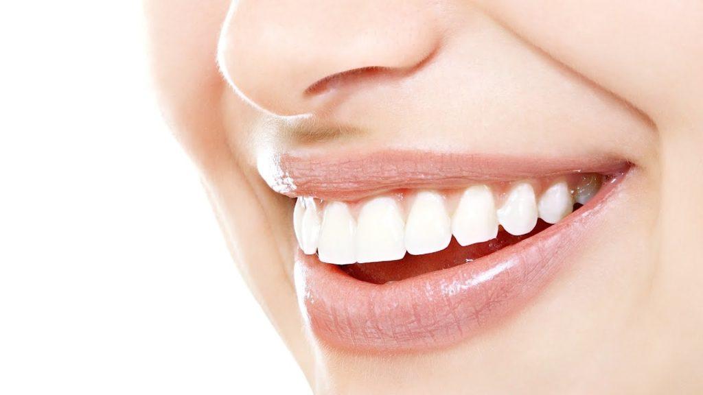 รู้รอบด้านกับเรื่องครอบฟันเสริมสร้างความมั่นใจ